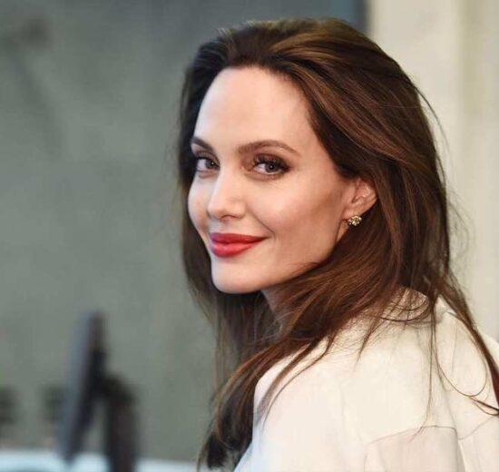 Angelina Jolie angelinajolie |TOPMOST.VN