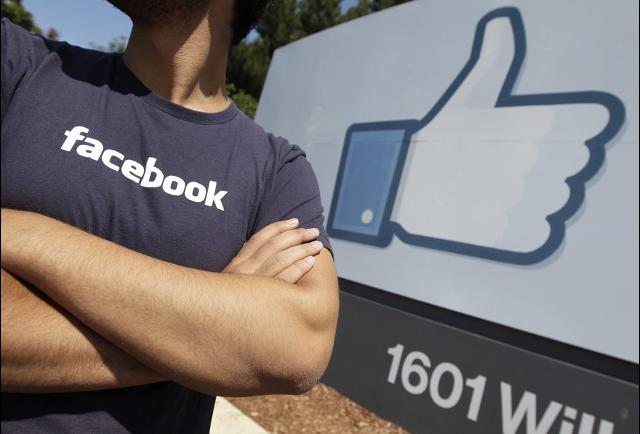 Facebook Facebook is harmful for your intellect  TOPMOST.VN